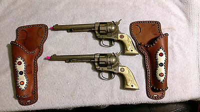 2 Large Hubley TOY Cowby Revolvers Six Shooter Cap Gun Colt 45 and Holsters