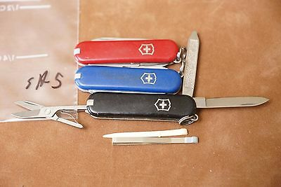 SA5 LOT of 3 different colors Victorinox Classic SD Swiss Army knives knife