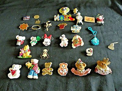 Large Lot 29 Costume Jewelry Pins Christmas Boyd's Bears Disney Enesco Vintage