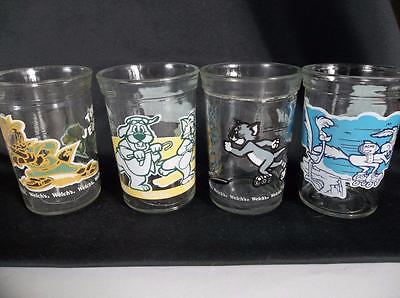 4 Vtg Welch's Looney Tunes Tom & Jerry  Wil E Coyote Roadrunner Jelly Glasses
