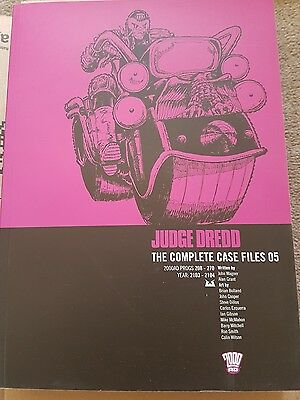 Judge dredd complete case files N5