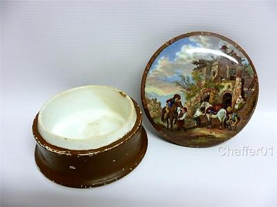 PRATTWARE Lid with Original Base depicting a painting after Philips Wouwerman