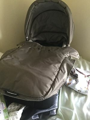 baby jogger city mini / GT / select compact carrycot