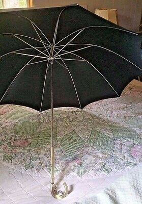 """Vtg Mid Century Umbrella/Parasol Clear Carved Lucite Handle LG 34"""" Opened"""