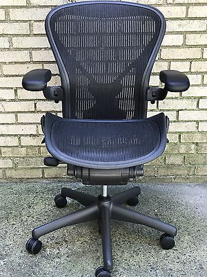 Herman Miller Aeron Chair Posture Fit Fully loaded Size B