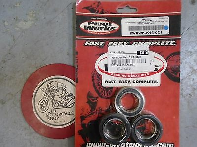 Pivot Works Kawasaki Rear Wheel Kit Kit P/N PWRK-K13-021