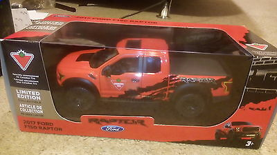 Ford: F-150 2017 FORD F150 RAPTOR (for kids)