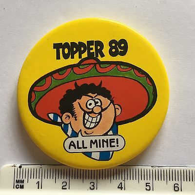 Topper 89 Pin Badge (see pics) 1989 Comic Character Figaro All Mine!