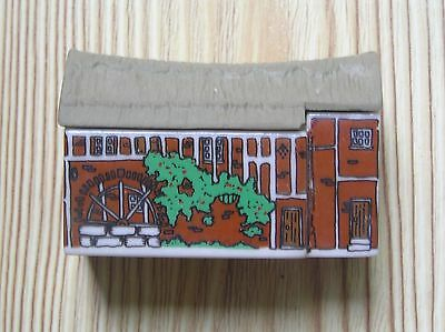 "A Wade Whimsey-On-Why Watermill: Set 2 1981-82: 2.5"" Long: Vg Condition"