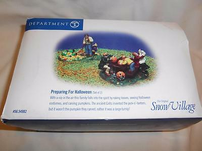 Dept 56 Preparing for HALLOWEEN Accessory Figures New Box Snow Village Set of 2