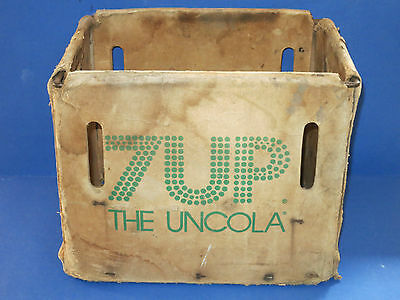 """c.1970 Metal Frame Cardboard ~7UP THE UNCOLA~ Vintage 14"""" Soda Gaylord Box Crate"""