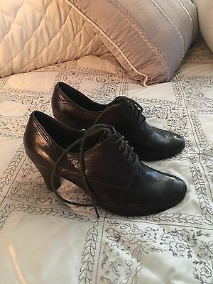 Nine West Lace Up Oxford Heels Women's shoe BROWN Sz 6.5M
