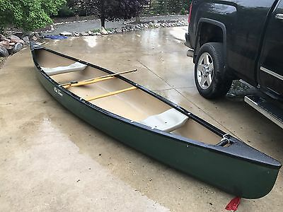 Old Town Canoe - Camper 16'