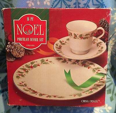 (16) China Pearl NOEL Plates Cups Saucers 4 Place Settings Christmas Dinnerware