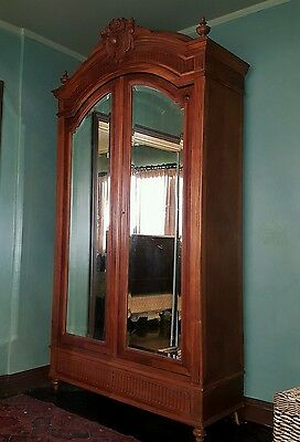 PRICE REDUCED to 900 Antique Armoire French 15th  century Louie.  PICK UP