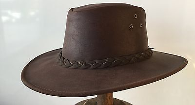 Buffalo oil wax leather  hat 59cm water repellent  Australian by Harry's horse