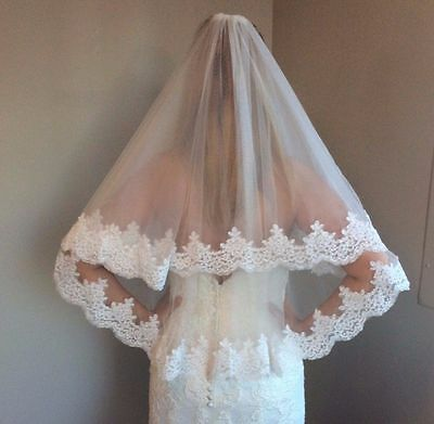 White or Ivory 2 Tier Elbow Length Lace Edge Bridal Wedding Veil With Comb
