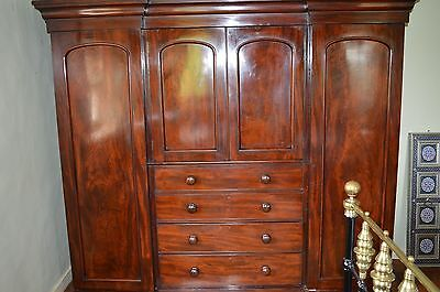 Stunning Antique 19th Century Mahogany Breakfront Triple Wardrobe/Drawers, c1880