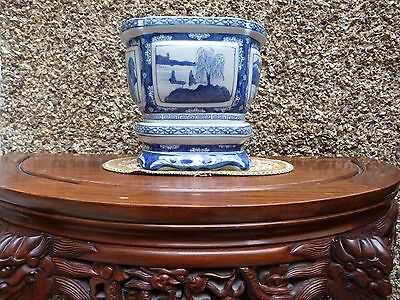 Large Chinese Asian Porcelain Blue And White Planter with Unattached Pedestal