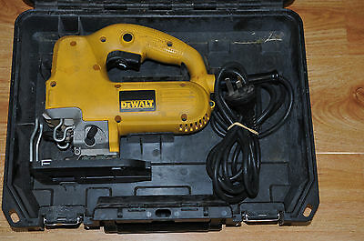 DeWalt DW341-XE 550W Corded Jigsaw / Good Condition