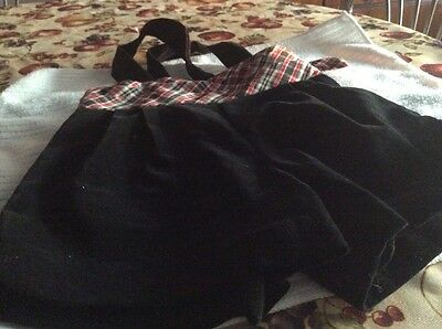 toddlers black velvet pants with bow tie size. 2t Boys