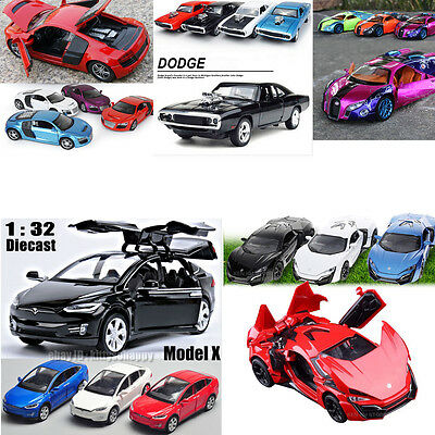 1:32 Alloy Diecast Model Car Toy & Collection Sound&Light Vehicle Toy