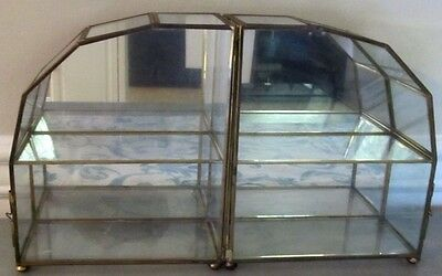 Vintage Brass Glass Table Top Wall Curio Cabinet Display Case w/ Mirror & Latch