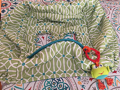 Boppy Shopping Cart Cover -- Gently Used -- With Frog Toy