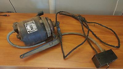 Industrial Singer Sewing machine motor S94161 has original switch collectible