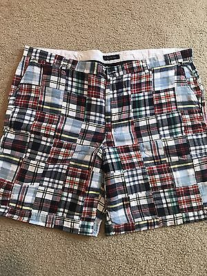 Men's Plaid Casual Flat-front Shorts Size 44  Club Room
