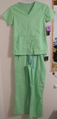 Med Couture Scrub Set Size Small NEW