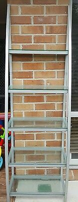 retail display stand shelves