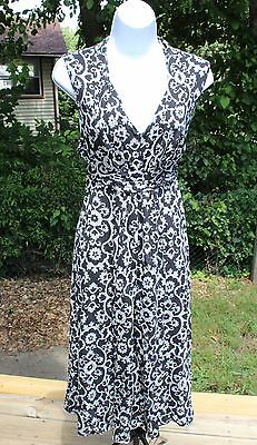 OLD NAVY Maternity Size Medium (M) Sleeveless Knee Length Ties in Back Dress