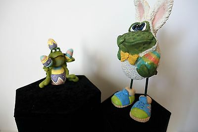 "Russ Berrie Lot of 2 Easter Frogs - Easter Frog 5.25"" & Egg Frog w/ Eggs 2.5"""