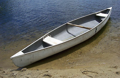Solid Unbranded 14' Used Canoe Good Condition No Leaks Pick Up In Bradford, N.H.
