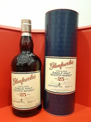 Glenfarclas single malt 25 Year Old in a box 700ml @ 43 % abv
