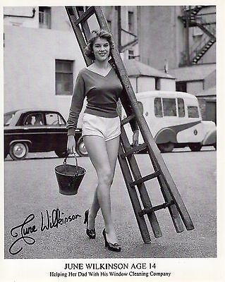 JUNE WILKINSON HAND SIGNED 8x10 PHOTO+COA    YOUNG+GORGEOUS    MUST SEE POSE