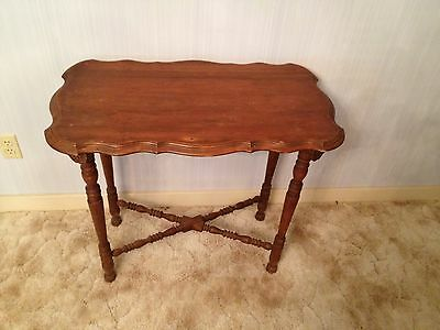 Nice Antique Vintage Wood End Or Accent Table