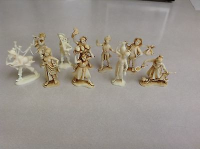 Lot of 10 Depose Figurines Italy / Spider Logo Resin and Plastic