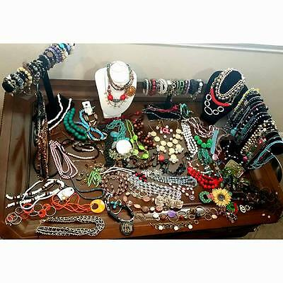 150 pieces Fashion Costume pre owned and vintage jewelry lot of 150 pieces