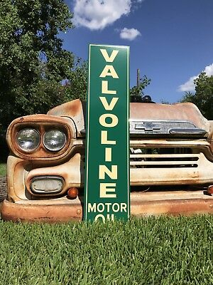 Antique Vintage Old Style Valvoline Motor Oil Sign