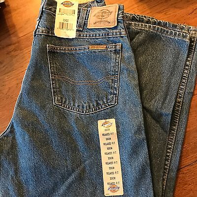 Dickies Men's Blue Jeans! New w/tags! Sz. 33 x 30 Relaxed Fit! LOoK~!!