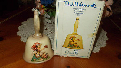 HUMMEL GOEBEL1979 SECOND EDITION ANNUAL BELL in BAS-RELIEF W. GERMANY - w/BOX