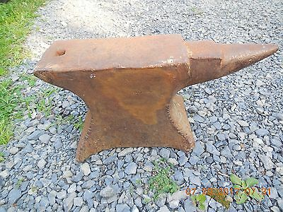 Mid 1800s M H Armitage Mouse Hole 160 lb ? Blacksmith Anvil Vermont Barn Find