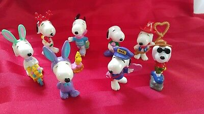 "Vintage Lot of 8 Peanuts Snoopy Holiday Beagle 2 1/2"" PVC Figures"