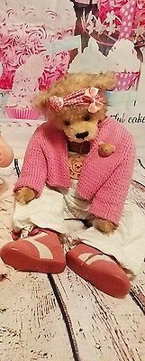 Mick Bear by Marjolein Vos  Great with Himstedt doll...has tags