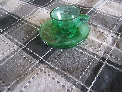 Vintage Child's Akro Agate SMALL GREEN INTERIOR PANEL 2 PLATES AND 1 CUP