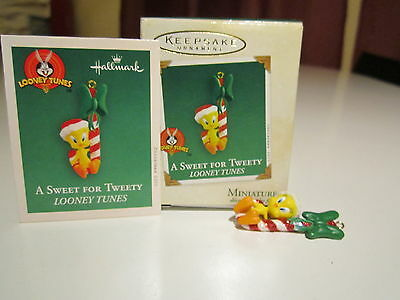 Hallmark 2003 A Sweet for Tweety Looney Tunes Candy Cane Miniature MINI Ornament