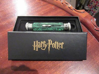 Harry Potter Deluminator New in Case Noble Collection Movie Replica Glows