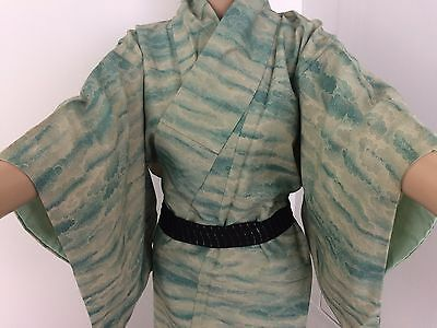 Authentic Japanese green kimono for women, Japan import, M, used (M1570)